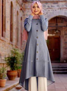 Pakistani Fashion Casual, Muslim Fashion, Modest Fashion, Fashion Outfits, Modest Wear, Modest Outfits, Stylish Outfits, Casual Dresses, Long Shirt Outfits