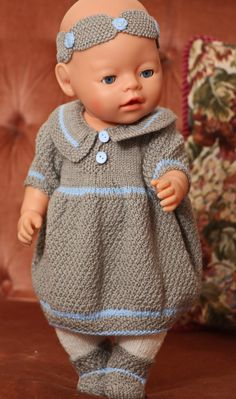 Beautiful knitting pattern doll dress doll pattern not free Baby Born Clothes, Bitty Baby Clothes, Girl Doll Clothes, Girl Dolls, Knitting Dolls Clothes, Crochet Doll Clothes, Doll Clothes Patterns, Knitted Girl Doll, Knit Baby Sweaters