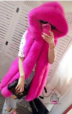Quanto bello fucsia?  Nuovi arrivi ✅ dream-shop.it/novita.html  #dreamshop #fashion #pelliccia #pellicciasintetica #pellicciaecologica #coat #fur #fashionista #newcollection #style #shopping #instafashion #ootd #chic #winter #moda #fallwinter #ecopelliccia #loveit #lovely #new #cool #cute #outfit #fashionweek #girl #fashionable #fauxfur #fauxfurcoat #fauxfurvest
