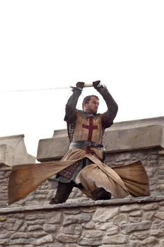 Knights templar in movie Ironclad. Knights Hospitaller, Knights Templar, Knight In Shining Armor, Knight Armor, Medieval Knight, Medieval Fantasy, Crusader Knight, Holy Cross, Medieval Times