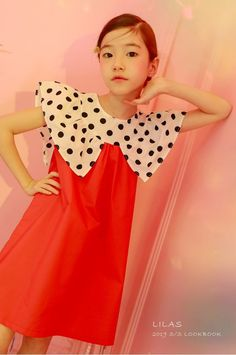 Please find the newest summer collection released from Lilas with many vivid color combination and bold print designs! Baby Frocks Designs, Kids Frocks Design, Frocks For Girls, Dresses Kids Girl, Baby Girl Dress Patterns, Frock Design, Cute Outfits For Kids, Fashion Quiz, Fashion Styles