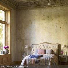 In Diesem Schlafzimmer Mit Toskana Feeling Kommt Die Ursprüngliche  Unverputzte Steinwand Und  Decke Zum