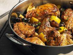 Gebratenes Hähnchen mit Oliven und Zitronen ist ein Rezept mit frischen Zutaten aus der Kategorie Hähnchen. Probieren Sie dieses und weitere Rezepte von EAT SMARTER!