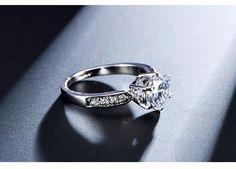 Stunning 1.75ct AAA Cubic Zircon Women's Ring *GIVEAWAY*