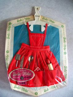 Barbie, Apron & Utensils, (Fashion Pak) Blue color in 1962 ; Red or White color in 1963 and 1964.