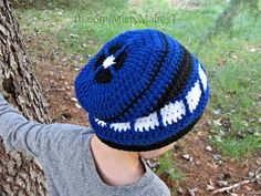 Crochet TARDIS slouch hat and other doctor who patterns