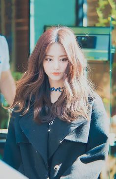 A place to ask your K-Pop questions. Nayeon, Kpop Girl Groups, Korean Girl Groups, Kpop Girls, K Pop, Tzuyu Body, Twice Tzuyu, Estilo Lolita, Chou Tzu Yu