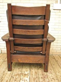 Chestnut Gustav Stickley Morris Chair #2342 Http://www.webteek.com