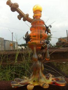 Honey oil rig made by Joe P.