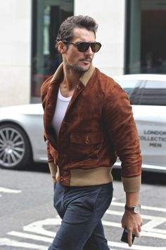 Mr David Gandy the stylish men alive La Fashion Week, Look Fashion, Mens Fashion, Fashion Details, Street Fashion, Gentleman Mode, Gentleman Style, Style Casual, Men Casual