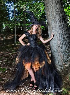Toddler Witch Costumes, Witches Costumes For Women, Diy Costumes, Halloween Costumes, Costume Ideas, Ghost Costumes, Halloween Party, Halloween 2019, Halloween Ideas