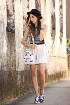 FashionCoolture - 11/24/2015 look du jour Displicent white pleated skirt Keds (8)