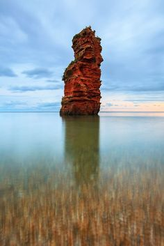 ✯ Red Sandstone Stacks at Ladram Bay on the south Devon Coast, UK