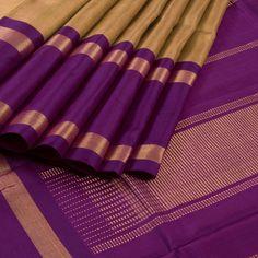 Handwoven Korvai Kanchipuram Silk Saree with Ganga Jamuna Border 10002713 - AVISHYA.COM
