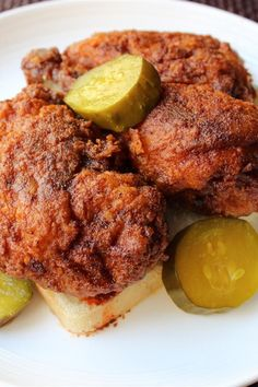 When you need comfort food, it's time to turn to the Southern kitchen. Here are 8 reasons why the South does comfort food best Sauce For Chicken, Recipe For Hot Chicken, Nashville Hot Chicken Recipe, Fried Chicken Recipes, Spicy Fried Chicken, Sandwiches, Comfort Food, Turkey Recipes, Food To Make
