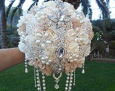 IVORY AND GOLD Elegant Brooch Bouquet by Elegantweddingdecor