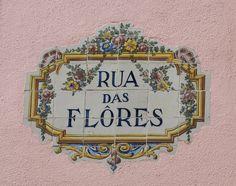 Lisboa 16 Portuguese Language, Portuguese Tiles, Tile Art, Mosaic Tiles, Portugal, My Roots, The Beautiful Country, Decorative Tile, Spanish Style