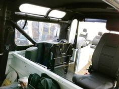 Land Rover Defender 90 Soft Top | Safety Devices – Experts In Automotive Safety Solutions