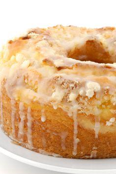 Lemon Cream Cheese Pound Cake - Made with , sugar, butter or margarine, cream ch. Lemon Desserts, Lemon Recipes, Dessert Recipes, Lemon Cream Cheese Pound Cake Recipe, Lemon Juice Cake Recipe, Pound Cake Icing, Recipes With Cream Cheese, Moist Lemon Pound Cake, Pound Cake Cupcakes