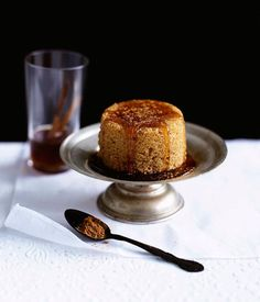 Spanish dessert recipe for drunken cinnamon cakes.