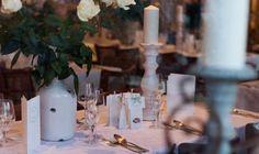 Zu Tisch - Bild von www.doreenkuehr.de | Restaurant LADÜ | Hochzeit in Düsseldorf