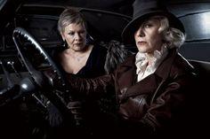 Dames Judy Dench & Helen Mirren by Annie Leibovitz