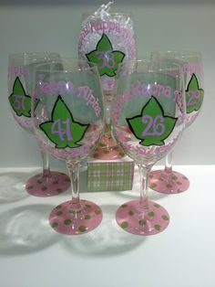 Here's a twist on painted wine glasses. I just knew they would be cute in pink and green, of course other colors will work also! Aka Sorority Gifts, Alpha Kappa Alpha Sorority, Sorority Life, Sorority Quotes, Sorority Canvas, Sorority Paddles, Sorority Crafts, Sorority Recruitment, Delta Gamma