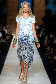 Diane von Furstenberg Spring 2010 Ready-to-Wear Fashion Show - Kendra Spears