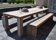 Tafel van steigerhout met blok poten onder het blad in diverse maten leverbaar (22131529)