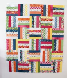'Best Day Ever' quilt pattern and tutorial from Moda  I want to try this with some reproduction fabrics.