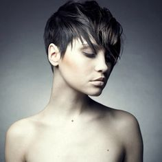 Coupe cheveux tres courts femme tendance