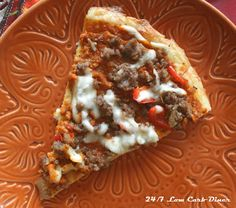The Great Pumpkin Pizza! A Fall themed pizza with a pumpkin based sauce, piled with sausage, onion and peppers. Amazing that it is low carb too! Pumpkin Pizza, Pumpkin Sauce, Low Carb Desserts, Low Carb Recipes, Cooking Recipes, Cooking Ideas, Fat Head Dough, Fall Dishes, Healthy Eating Recipes