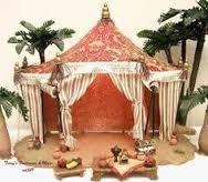 Imagen relacionada Christmas Projects, Christmas Time, Christmas Ornaments, Broken Pot Garden, Roman Kings, Arabian Tent, Journey To Bethlehem, Fontanini Nativity, Table Tents