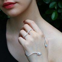 """Fairy Dust"" Diamond Knuckle Ring  | Plukka"