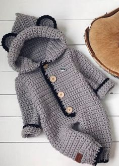 Baby Sweater Knitting Pattern, Crochet Baby Cardigan, Newborn Crochet, Crochet Baby Hats, Baby Knitting Patterns, Knitted Romper, Baby Boy Christmas, Christmas Gifts, Handgemachtes Baby
