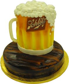 Schlitz Beer Mug Cake Birthday Cakes For Men, Beer Birthday Party, Novelty Birthday Cakes, 40 Birthday, Birthday Stuff, Birthday Ideas, Beer Mug Cake, Beer Decorations, Cake In A Can