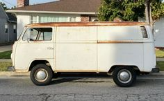 This 1978 Volkswagen Bus is a Mexican market example, part of the crop of Buses produced south of the border in concert with German-built models. Volkswagen Bus, Vw Camper, Volkswagen Beetles, Mexican Market, South Of The Border, Butterfly Dragon, Monarch Butterfly, Porsche 356, Barn Finds