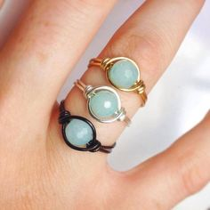 Unique Healing Aquamarine Ring - Chakra Gemstone - Gemstone ring - Wire Wrapped - Gold Silver Black - Made to Order Wire Jewelry Rings, Beaded Rings, Copper Jewelry, Wire Wrapped Jewelry, Gemstone Rings, Aquamarine Gemstone, Copper Wire, Diy Jewelry, Jewellery