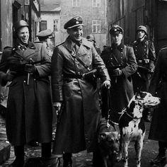 """100percento: """" Ralph Fiennes in Schindler's List (1993) """""""