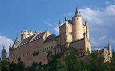 3. El Alcázar de Segovia -