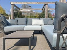 Exclusieve tuinmeubelen van o.a. Solpuri - Ernst Baas Tuininrichting   Design Tuinmeubelen Solpuri Caro Outdoor Sectional, Sectional Sofa, Outdoor Furniture, Outdoor Decor, Lounge, Design, Home Decor, Balcony, Airport Lounge