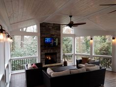 Screened Porch Designs, Screened In Deck, Screened Porches, Porch Fireplace, Porch Wall, Deck With Fireplace, Fireplace Update, Four Seasons Room, 3 Season Room