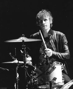 Dom Howard of Muse