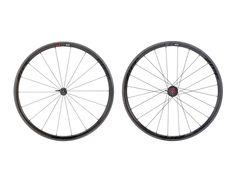 Zipp 202 Firecrest wheels.