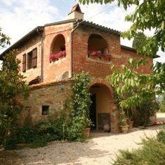 Farmhouse in Tuscany Italy