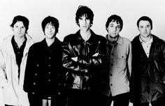 The Verve. Love the song Bittersweet Symphony! 90s Rock Bands, Rock And Roll Bands, Rock N Roll, The Verve, Boy Cuts, Lucky Man, Britpop, A Star Is Born, Men Looks