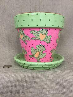 Clay Pot Projects, Clay Pot Crafts, Ceramics Projects, Painted Clay Pots, Painted Flower Pots, Terracotta Pots, Terra Cotta, Plant Containers, Planters