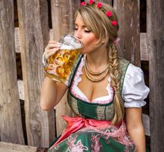 The ketogenic diet is quickly gaining popularity as an effective way to lose body fat and stay lean. It can work well, but comes with a few challenges. Fat Girl Outfits, Beer Maid, Oktoberfest Beer, Beer Girl, German Beer, Beer Festival, Lose Body Fat, Classy Women, Ketogenic Diet