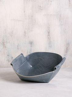 Ceramic bowl, Gray ceramic Serving dish, Modern Salad Bowl, Fruit Bowl, Ceramic Dinnerware, Decorative ceramic for home, gray kitchen decor