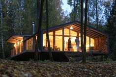 DublDom, a series of affordable prefab homes from Moscow firm Bio Architects, ha. - Prefab Homes Cheap Prefab Homes, Small Prefab Homes, Prefabricated Cabins, Affordable Prefab Homes, Modern Prefab Homes, Large Homes, Prefab Houses, Smaller Homes, Off Grid Cabin